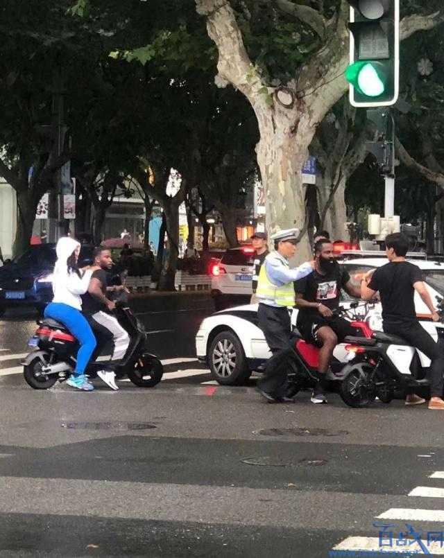 电驴资源农民伯伯乡下妹_哈登骑电动车被抓是什么情况?火箭哈登在上海骑电驴被抓