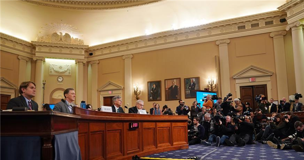 弹劾特朗普进入公开听证阶段,白宫多次从中阻挠