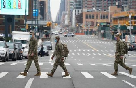 美军超千人感染新冠,海军成重灾区确诊人数接近半