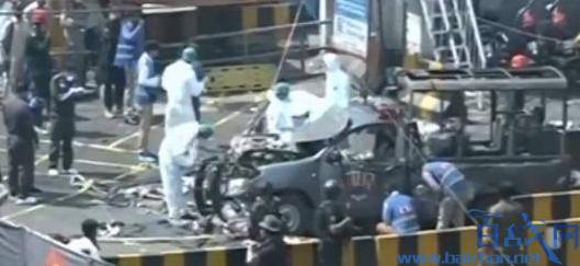 巴基斯坦警车遭袭