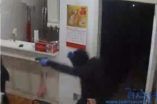 美国3名黑人入室抢劫性侵事件,34岁华裔女子被抢近万美元