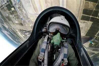 中巴空训新锐一代中国空军飞行员获得称赞