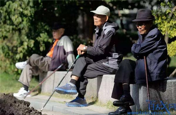 日本提高雇用年龄