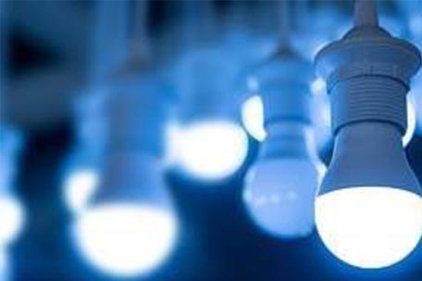 LED灯对眼睛有永久性伤害是真的吗?可造成视网膜组织加速老化