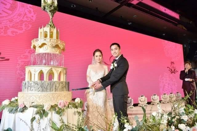 """刚结婚半年的阿娇被曝分居 好友解释""""分居""""原因"""
