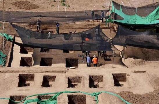 清華大學發現95座古墓 初步判斷為明清時期平民墓葬