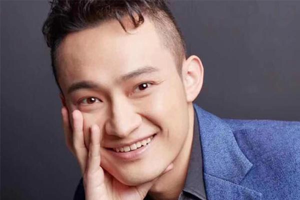 中国90后拍天价午餐,他的真实身份竟是一名创业者