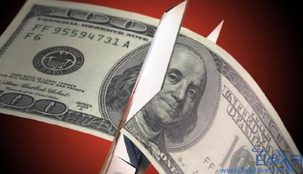 中俄等国大幅抛美债,美国政府将迎来万亿赤字