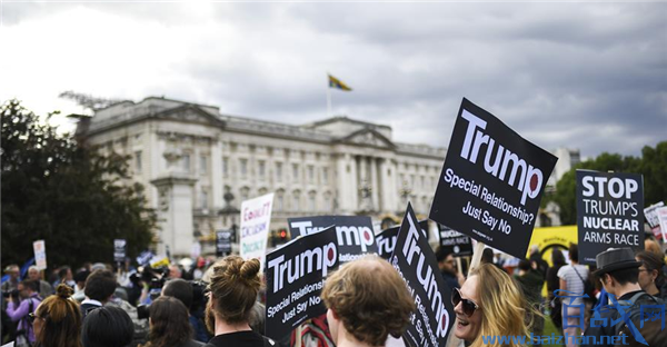 民眾抗議特朗普訪英,英國民眾抗議特朗普訪英,英國民眾抗議特朗普訪問