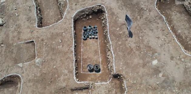 韓國修路發現千年古墓群,出土文物超1萬件