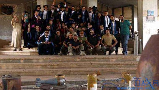 利比亚首都战事不断,12万学生被迫停课
