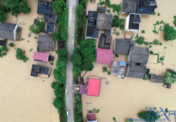 江西暴雨致6人物化亡,江西暴雨物化亡人数。,江西暴雨