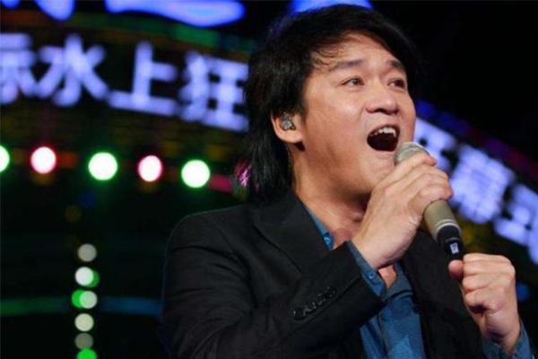 周华健演唱会直接跳过宣传期,他被发掘的搞笑特质你了解吗?