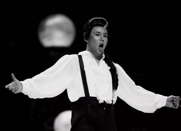 我國優秀的男高音歌唱家楊陽因病不幸離世