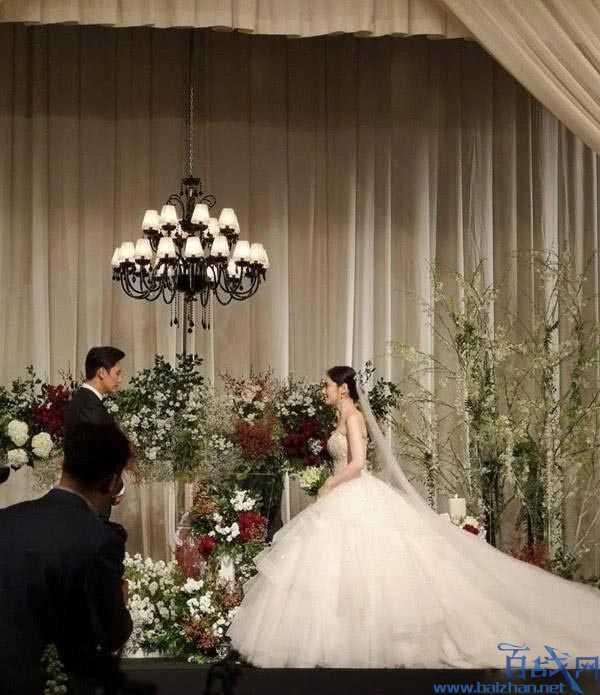 韩国女演员秋瓷炫捐出结婚礼金 网友赞其人善心美
