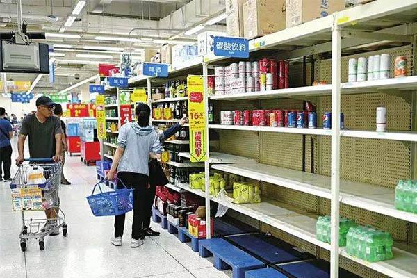 沃尔玛关闭再升级,传统零售行业生鲜定成败的说法怎么看?