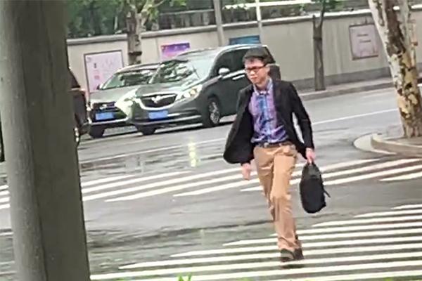 唐爽告周立波信用权案开庭