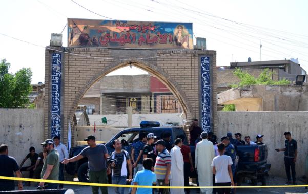 伊拉克首都一清真寺发生爆炸袭击,造成至少7人死亡20人受伤