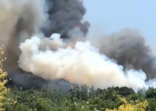 北京平谷金海湖附近突发山火,引发火灾的村民已经被控制