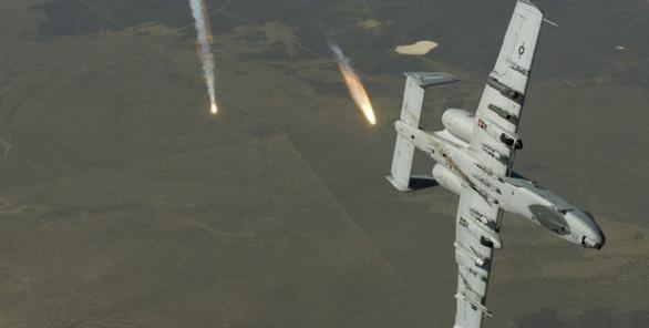 美国一架战机遭鸟类袭击投下三枚炸弹,事件没有造成伤亡但炸弹坠落地点不明