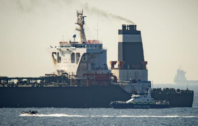 英国扣押伊朗油轮是什么情况?是美国让英国扣押伊朗油轮的吗?