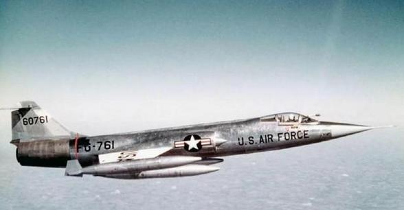 """不仅花重金买""""猴版""""低配M1主战坦克,台军还曾买过飞行棺材F-104战斗机"""