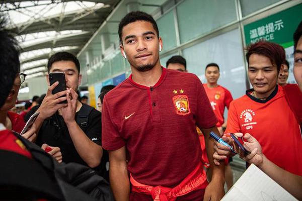 布朗宁入籍中国成功成为中国公民 但想代表中国队出战需FIFA审核