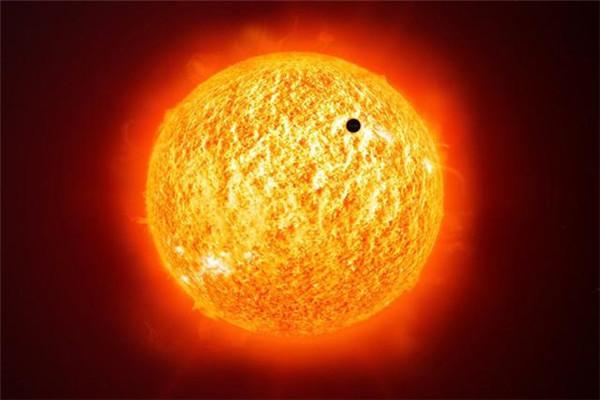 太阳表面不明物体