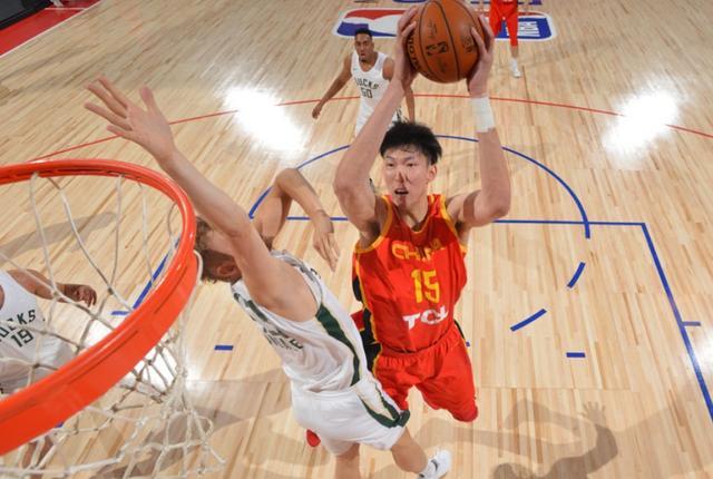 中国男篮,周琦,雄鹿
