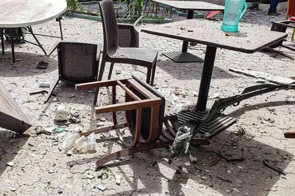 索马里一酒店爆炸成废墟 26人死亡56人受伤其中2名中国公民