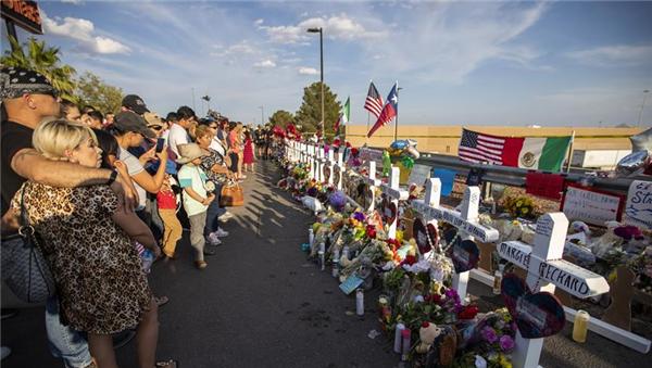 得州警方公布枪击事件遇难者名单,至少8名外国人遇害