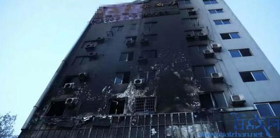 敲72间房救16人,消防员敲72间房救16人,江西九江餐馆火灾