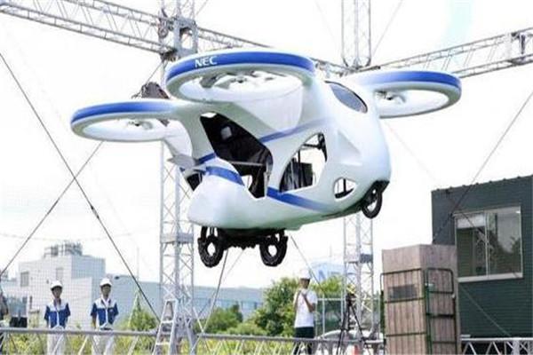 黑科技!日本电气公司测试飞行汽车 可上升至3米高度悬停1分钟