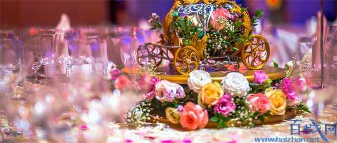 江西32对新人举行零彩礼集体婚礼 打破传