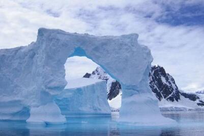 人类为冰川办葬礼意味着什么?全球变暖下一个会融化谁?