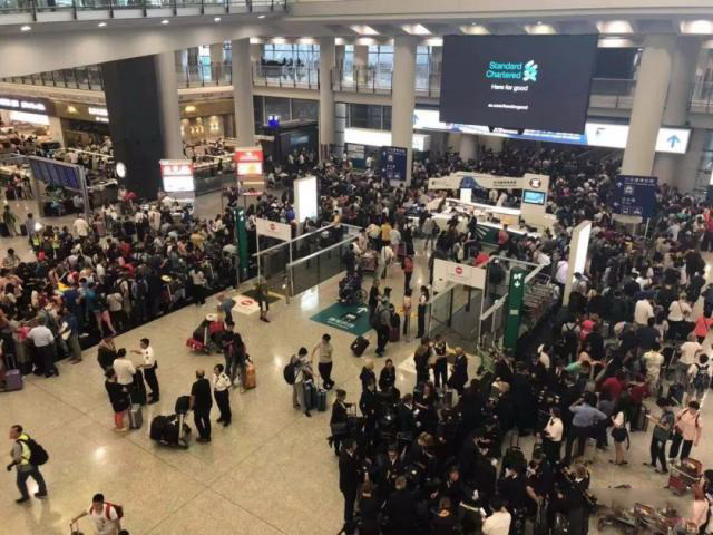 离港航班遭炸弹恐吓,深圳航空离港航班,深圳航空