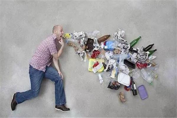 塑命?塑料已进入人类体内 科学家:平均每10克粪便就有20片微塑料