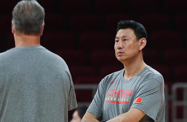 中国男篮生死战将对阵委内瑞拉 李楠赛前