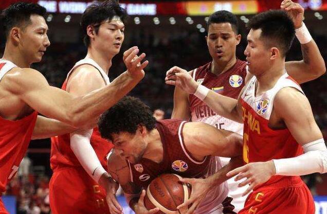 中國男籃打排位賽爭取奧運資格 屆時將于國足住同一酒店