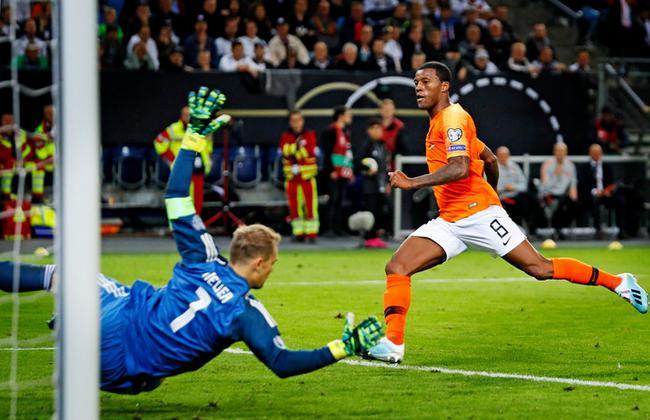 【欧洲杯预选赛】德国主场2-4荷兰 开场9分钟领先1球惨遭逆转