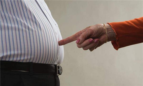 肥胖可能源自基因变异,防止肥胖也需要从小抓起