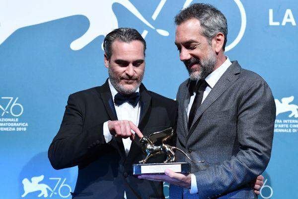 威尼斯国际电影节金狮奖确定 暗黑系电影《小丑》夺得金狮奖