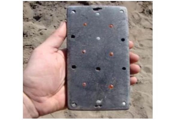 古墓,古墓发现iPhone文物,2100年前古墓发现iPhone文物,文物