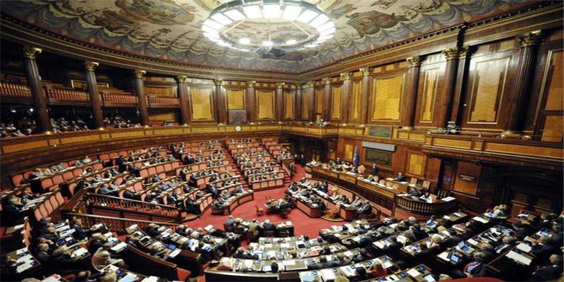 英国政府正式叫停议会 由英国女王正式批准系70年来首次叫停议会