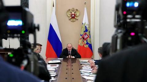 克里姆林宫回应美国间谍事件,早就被解雇没能接触到普京