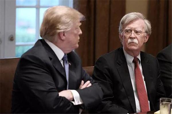 美国总统特朗普开除国家安全顾问 国家安全顾问表示是自己辞职的