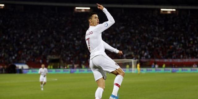 C罗大四喜,葡萄牙5-1立陶宛,葡萄牙大胜立陶宛,欧预赛