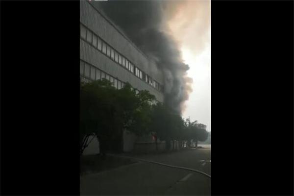 湖州一企业化学品原料发生爆炸,化学品爆炸,爆炸