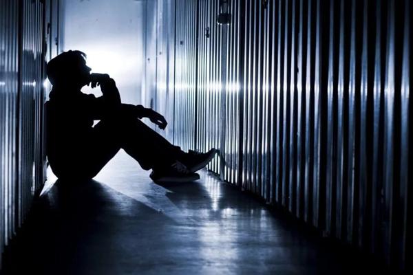 自杀,导致年轻人死亡最多的因素,世界预防自杀日,自杀行为,年轻人自杀
