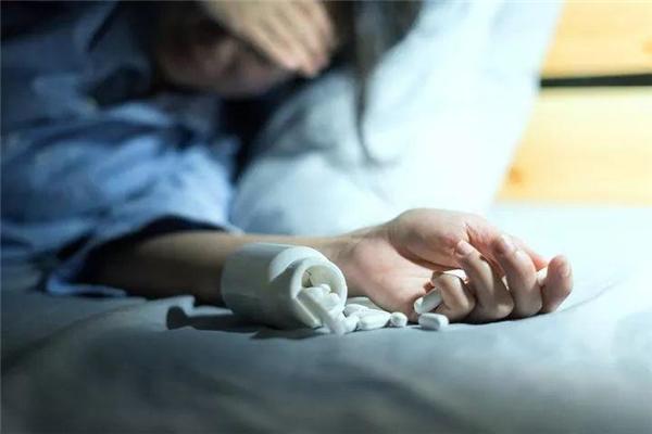 儿子考98分家长患抑郁症 只因家长教的班上一半学生考满分